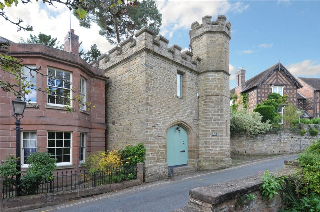 Arley Tower, Bewdley, Worcestershire, cena ofertowa 250  tys. GBP, źródło Knight Frank