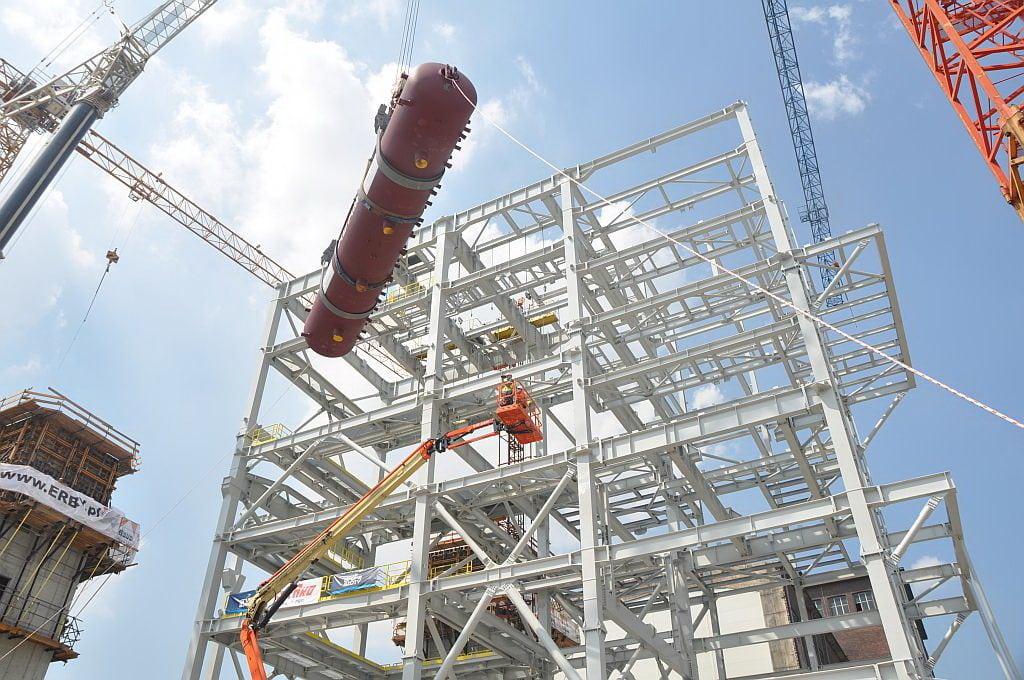 Technologia zrewolucjonizuje rynek pracy w budowlance - konstrukcja stalowa na budowie.