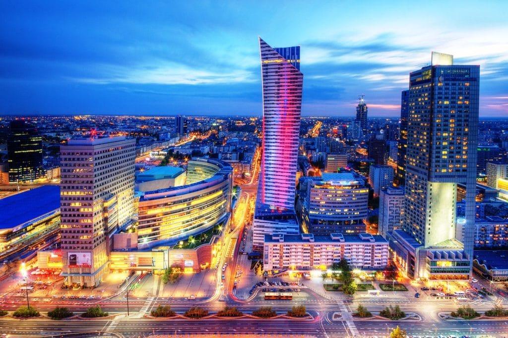 Wieżowce na Woli. Tu rosną największe biurowce na zdjęciu ul Emilii Plater
