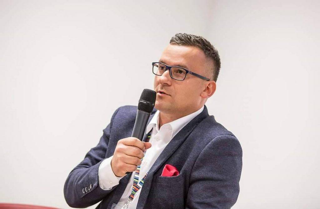 Łukasz Gębka - Prezes Farmy Świętokrzyskiej - zdjęcie z wystąpienia