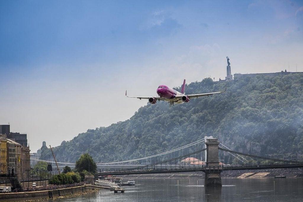 WIZZ AIR nowe trasy od czerwca - samolot