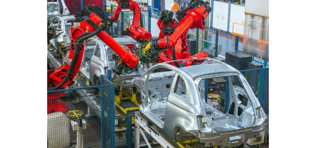 Nowa inwestycja Fiata na Śląsku -szkielet auta, składanie auta w fabryce