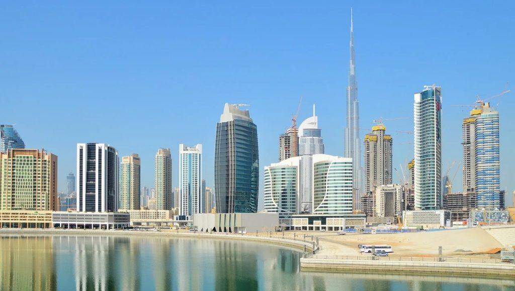 Wystawa Światowa Expo 2020 w Dubaju – cały świat w jednym miejscu - wiezowce w centrum Dubaju.