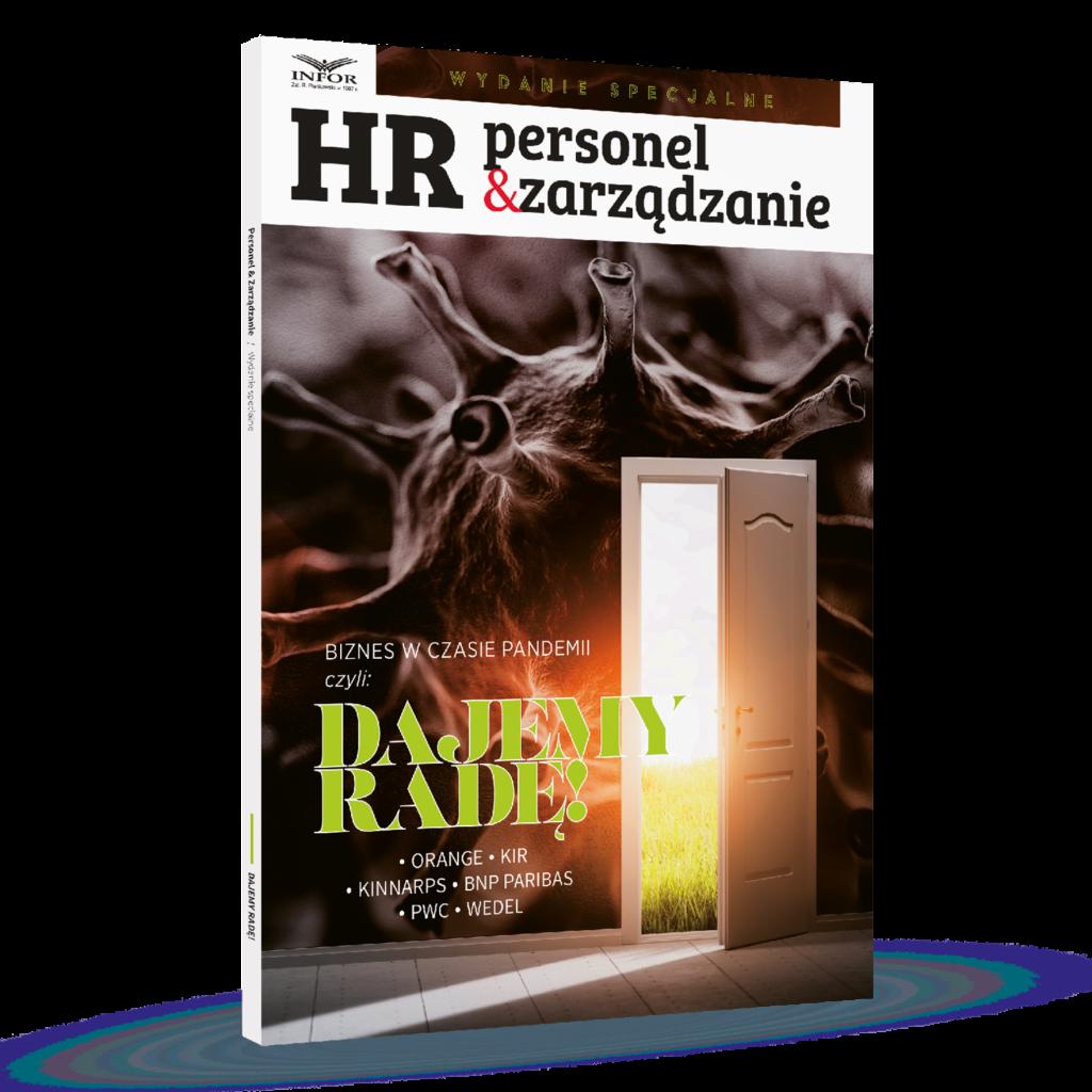 Logowanie do Dobrostanu -  model systemowy HOPERS® gwarantuje rozwój - okładka magazynu HR Personel&Zarządzanie,  symbol koronawirusa oraz białe otwarte drzwi