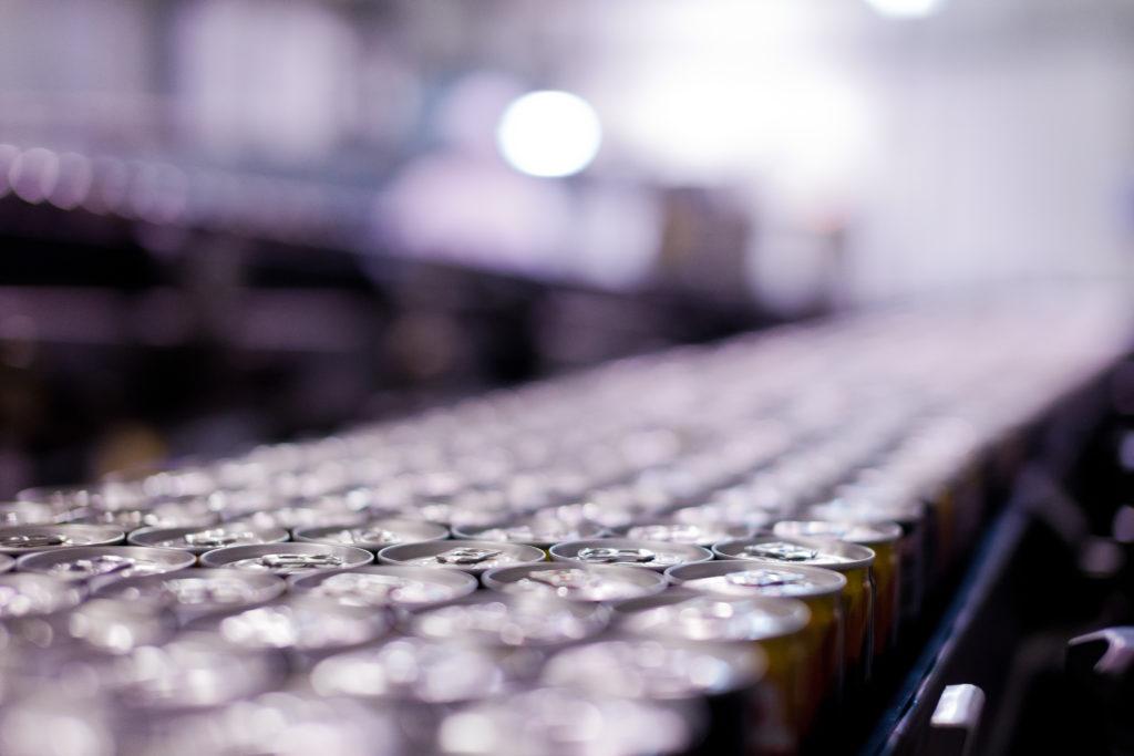 Ambitny plan inwestycyjny Krynicy Vitamin- linia produkcyjna napojów  w puszkach Krynicy Vitamin